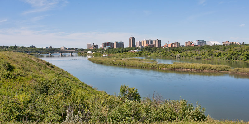 Human Impacts on Water Quantity and Quality, the Implications for Socio-economic Processes, and Policy Development in the South Saskatchewan River Basin